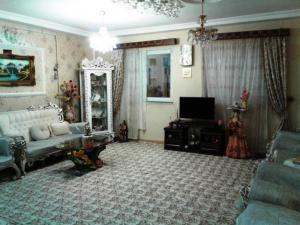 فروش آپارتمان دوخوابه 92 متری بلوار اذر اندامی